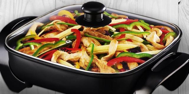 Salton Electric Frying Pan
